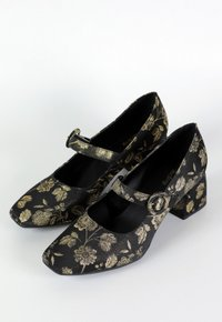 GRANNY shoes - Bordado Floral (vegan)