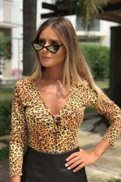 Body com laço frontal animal print