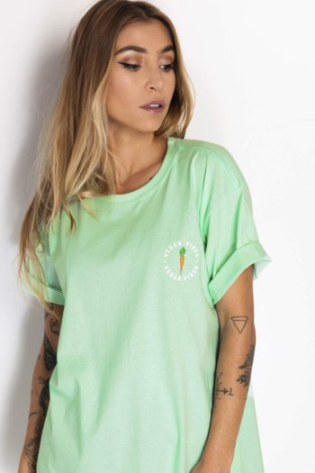 Camiseta Vegan Vibes Carrot
