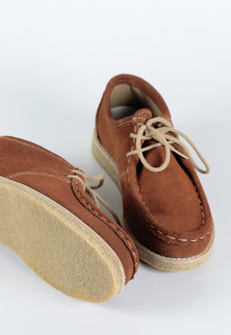 ATACAMA shoes - caramelo