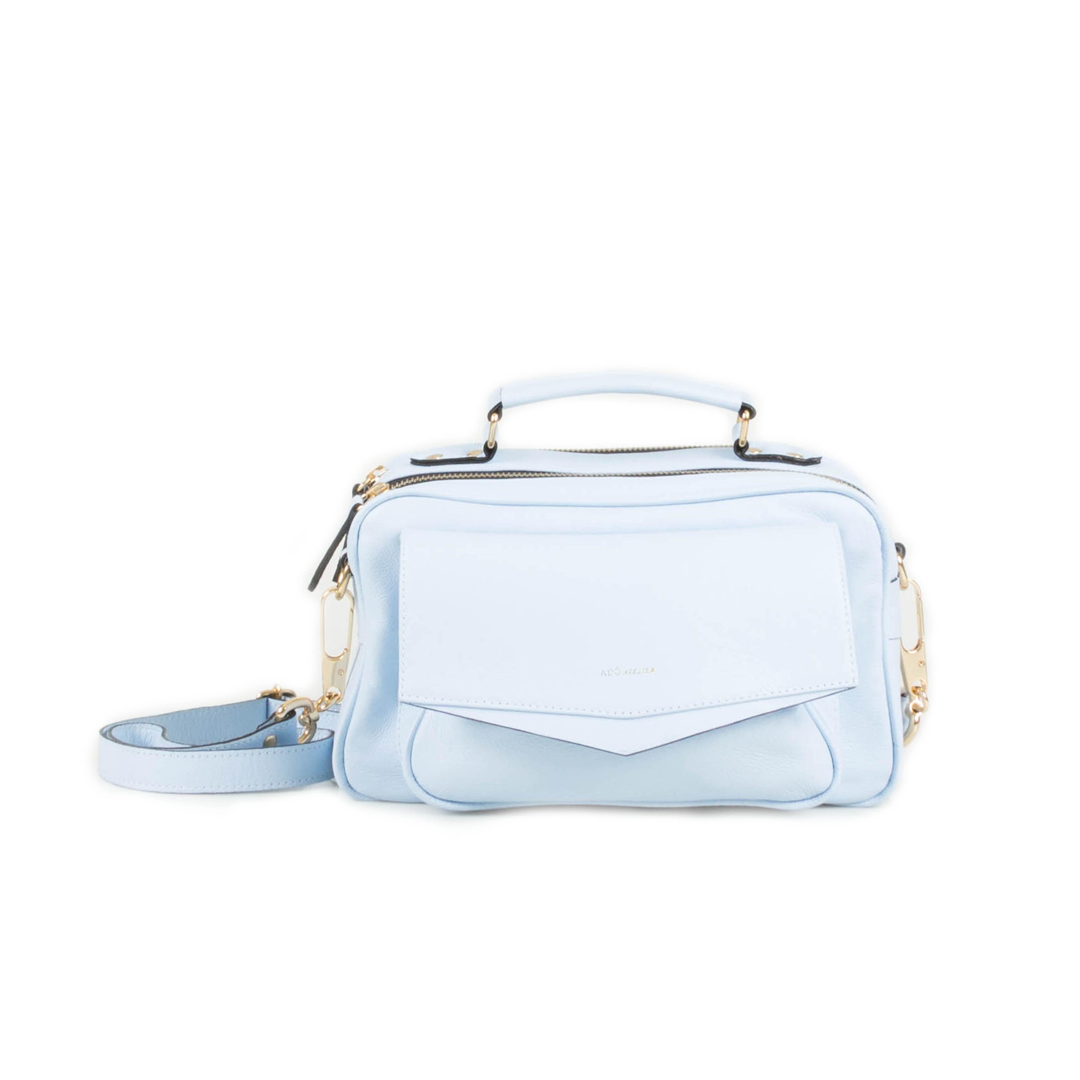 Bolsa de Couro Brick M Azul Nuvem - Adô Atelier ba28c15299c