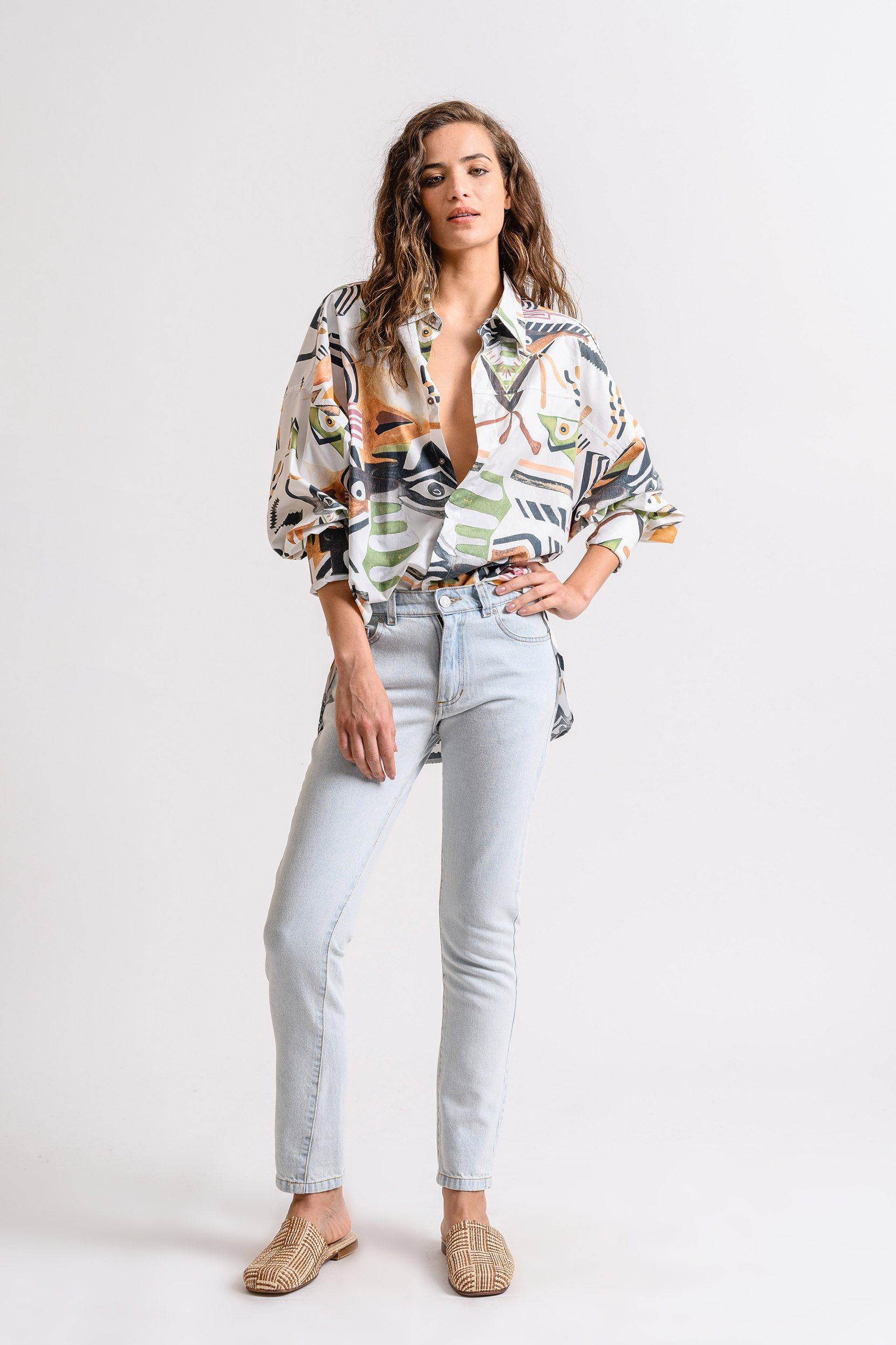 Camisa ML Empapelada Oversized Surrealista