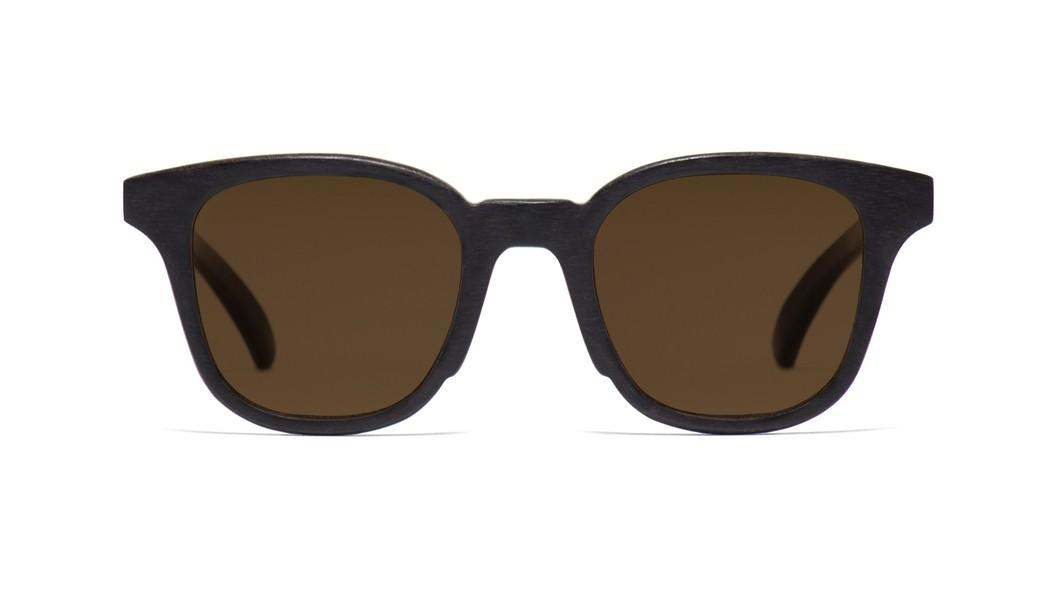 8e240c89045c0 Óculos de Sol   Madeira  Jiro . Óculos de Sol   Madeira ...